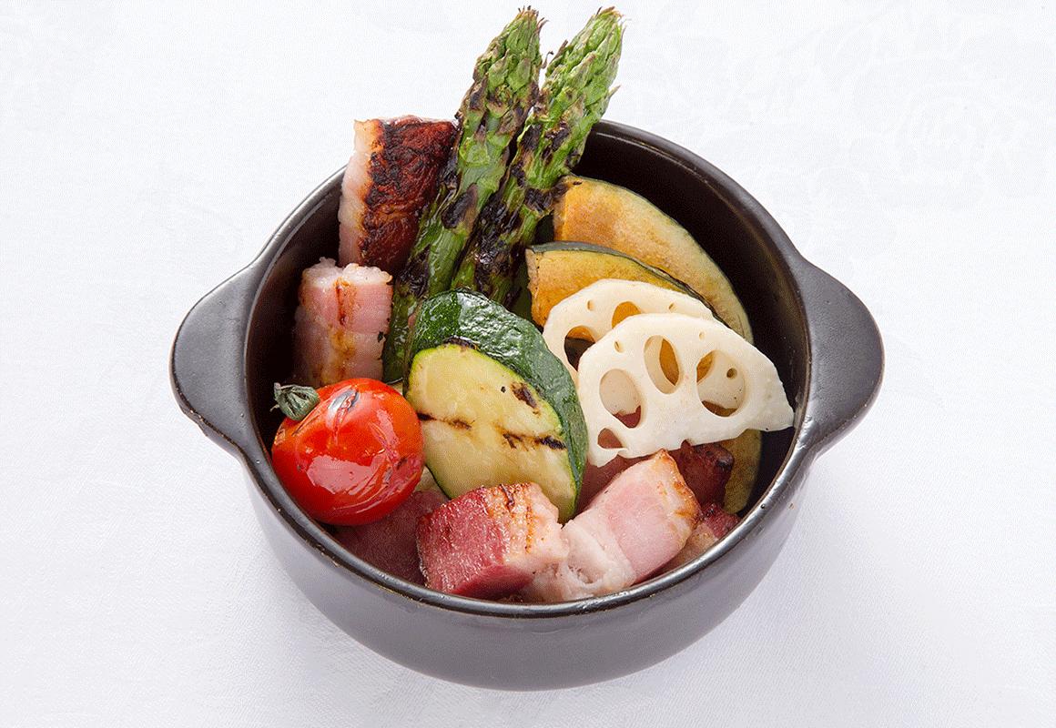 夏野菜とベーコンのグリル